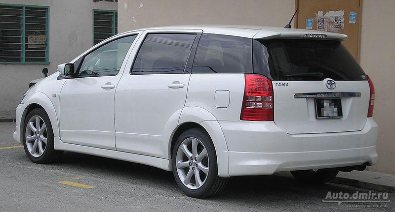 Тойота виш 2013 фото